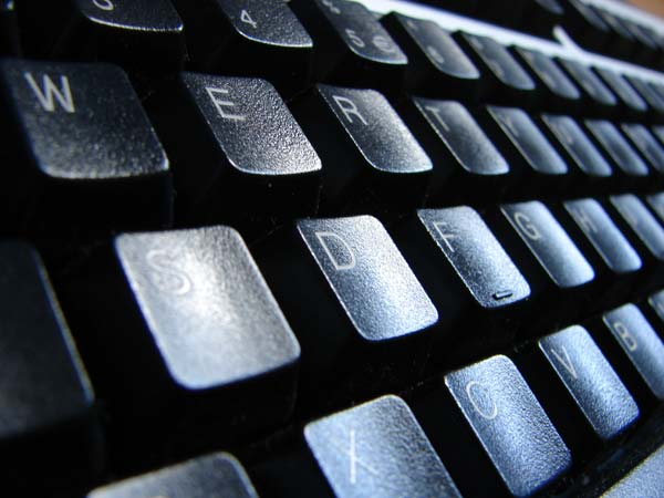 keyboard-keys-computer-close-up2