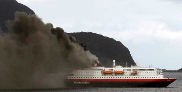 cruise-ship-Nordlys-fire