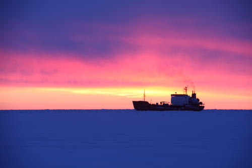 USCGC Healy Renda nome icebreaking icebreaker
