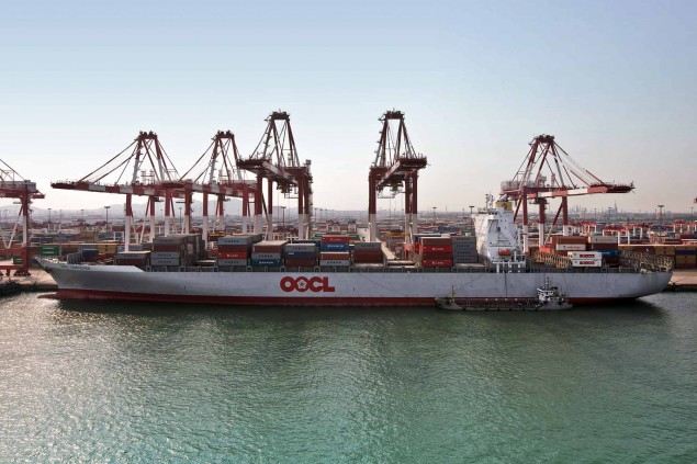 41-OOCL-Vessel-2010-635x423