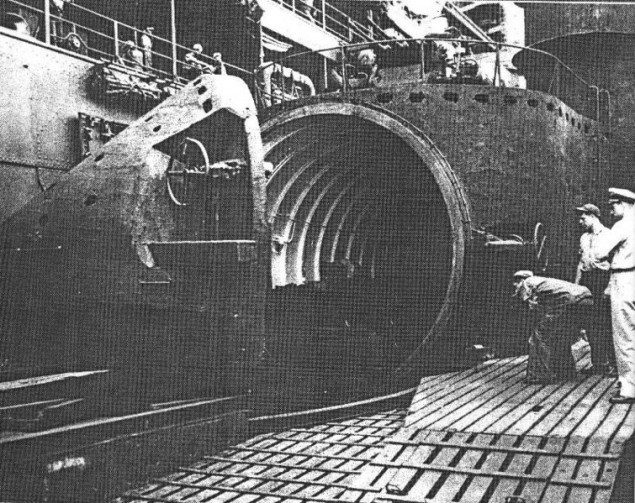 The open plane hangar of the I-400 submarine